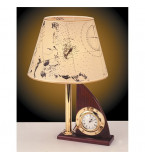 LAMPADA DA TAVOLO IN  OTTONE LUCIDO CON PARALUME IN PERGAMENA SU BASE LEGNO COMPLETA DI OROLOGIO Art.  2238.LP